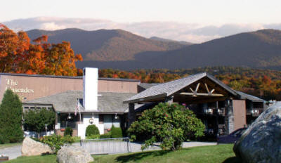 Cascades Lodge in the Summer and fall season